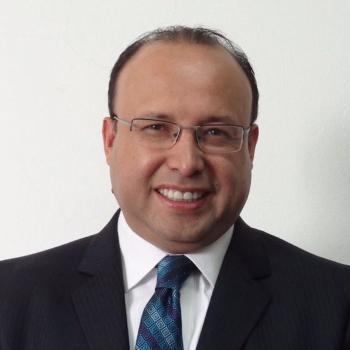Adolfo Molina_perfil